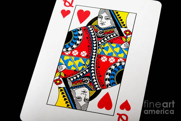Photograph - Queen Of Hearts by Gunter Nezhoda