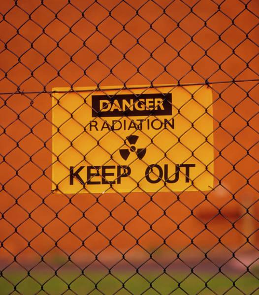 Radiation Wall Art - Photograph - Radiation Warning Sign by Martin Bond/science Photo Library