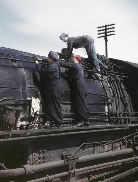 Chicago And North Western Photograph - Railroad Workers, 1943 by Granger