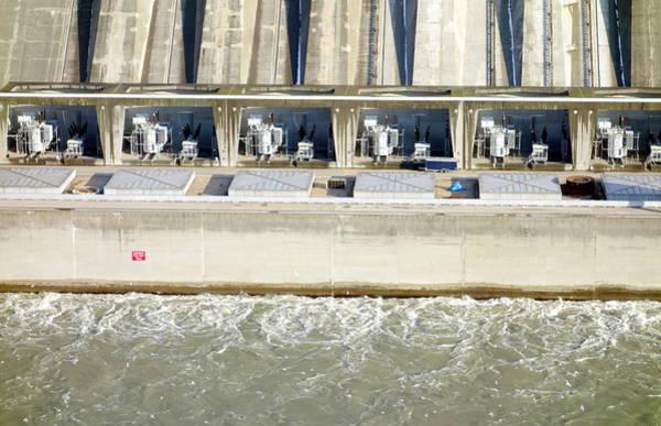Wall Art - Photograph - Robert Moses Niagara Hydroelectric Power Station by Valentino Visentini