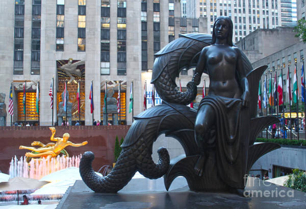Photograph - Rockefeller Center Statue by Gregory Dyer