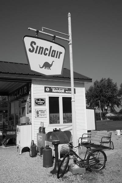 Photograph - Route 66 - Sinclair Station by Frank Romeo