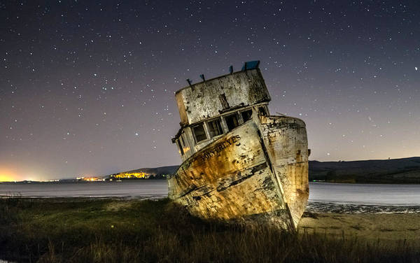 Pt. Reyes Photograph - Shipwreck by Mike Ronnebeck