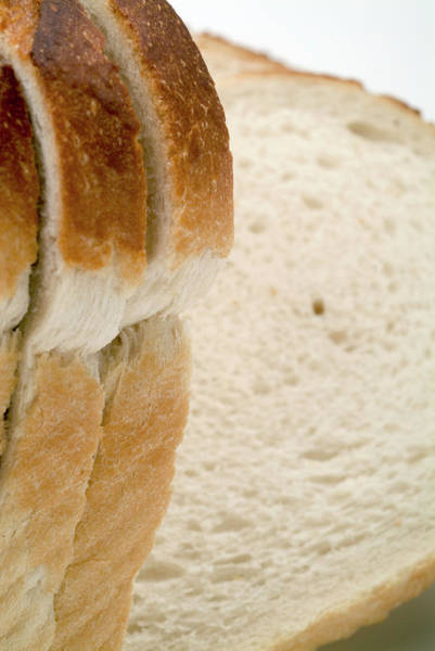 Wall Art - Photograph - Sliced Bread by Uk Crown Copyright Courtesy Of Fera/science Photo Library