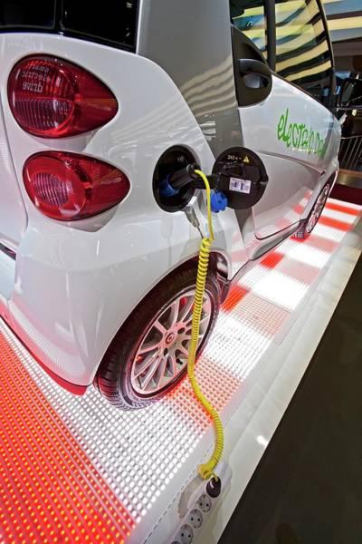 Detroit Auto Show Photograph - Smart Fortwo Electric Car by Jim West