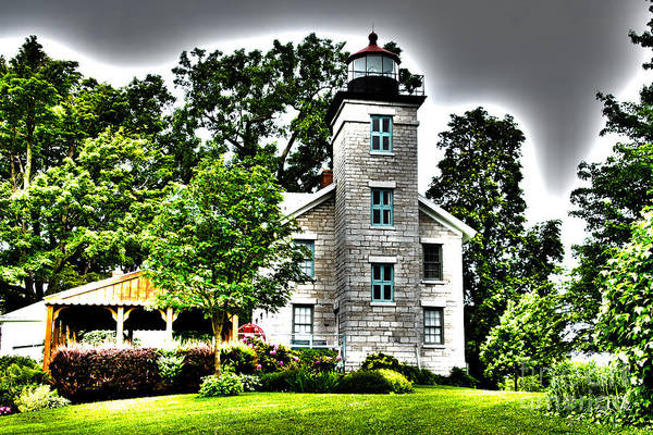 Photograph - Sodus Lighthouse by William Norton