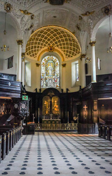 Photograph - St. Clement Danes by Ross Henton