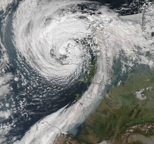 Suomi Photograph - Storm Ophelia by University Of Dundee/science Photo Library