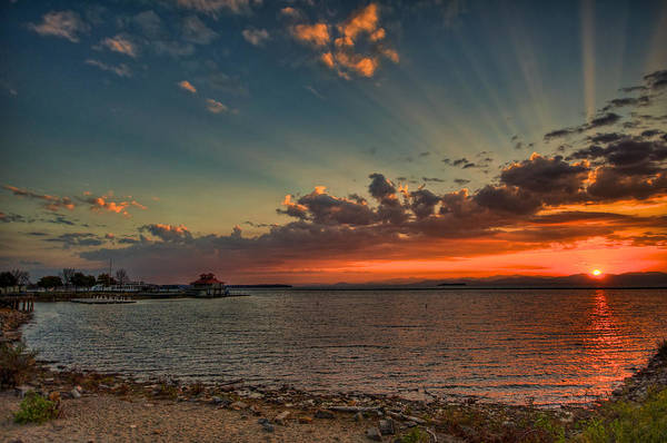 Vt Wall Art - Photograph - Sunset Streaks by Mike Horvath