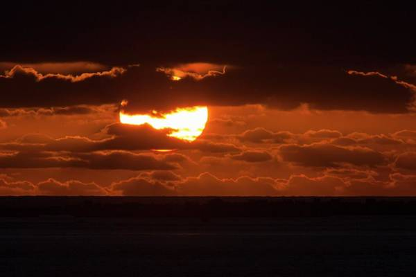 Sun Set Photograph - Sunset With Green Flash by Laurent Laveder/science Photo Library