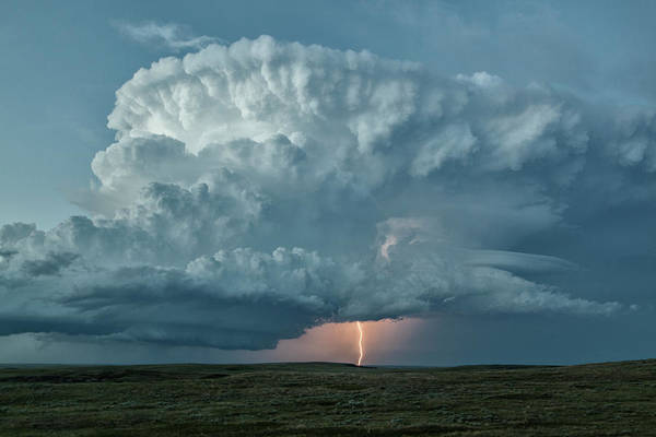 Wall Art - Photograph - Supercell Thunderstorm And Lightning by Roger Hill/science Photo Library