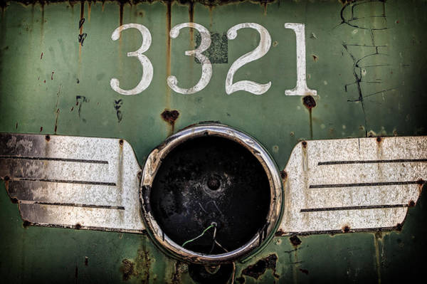 Photograph - The 3321 by Steve Stanger