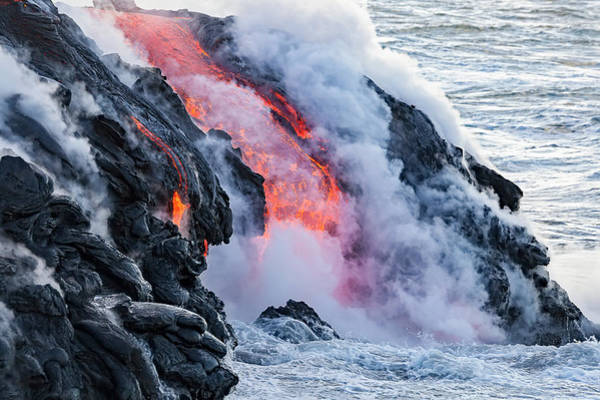 Wall Art - Photograph - The Pahoehoe Lava Flowing From Kilauea by Dave Fleetham