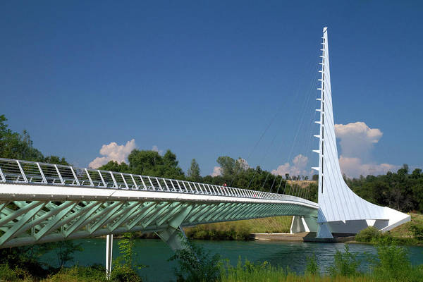 Northern California Photograph - The Sundial Bridge At Turtle Bay by David R. Frazier