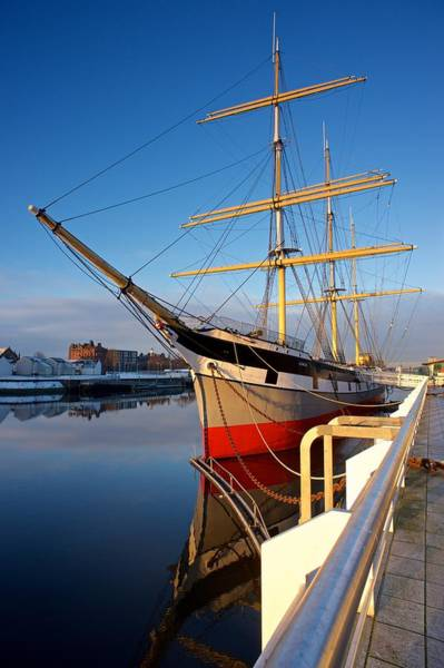 Photograph - The Tall Ship Glasgow by Stephen Taylor
