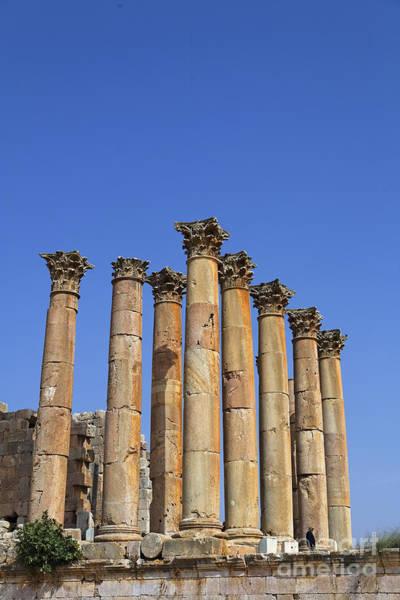 Artemis Photograph - The Temple Of Artemis At Jerash Jordan by Robert Preston