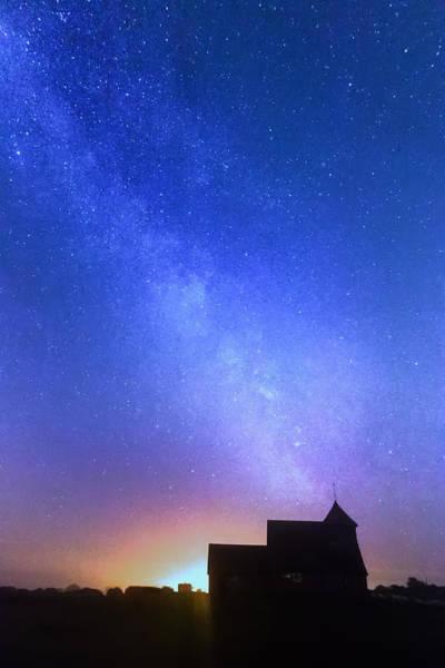 Fairfield Photograph - Thomas A Becket Church by Ian Hufton
