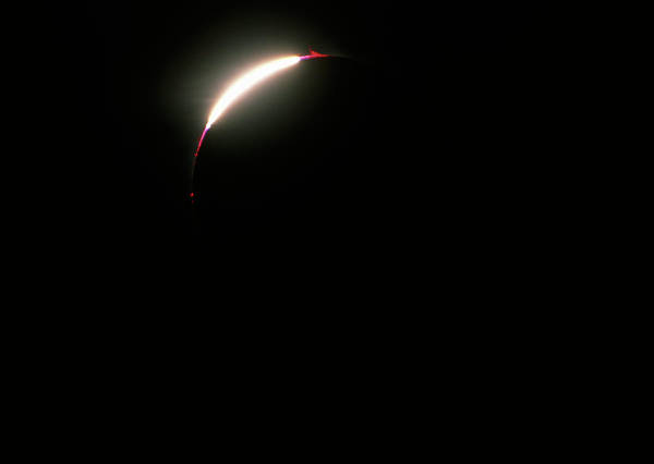 Bailey Photograph - Total Solar Eclipse by Dan Schechter/science Photo Library