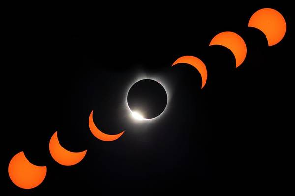 Totality Photograph - Total Solar Eclipse by George Post/science Photo Library