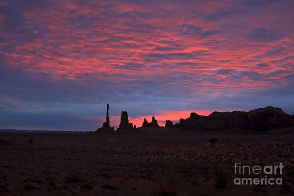Photograph - Totem Pole Yei Bi Chei Sunrise by Fred Stearns
