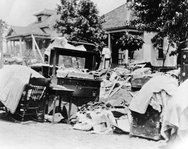 Photograph - Tulsa Race Riot, 1921 by Granger