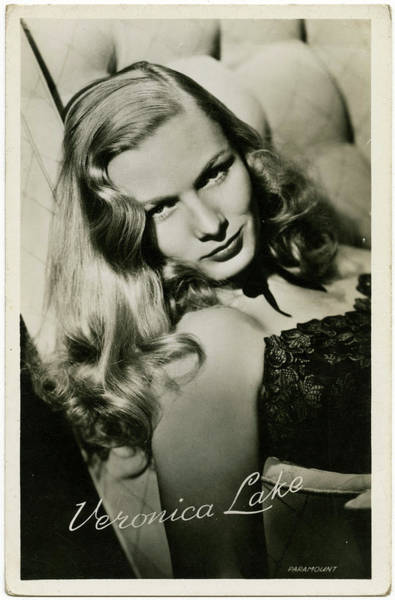 Wall Art - Photograph - Veronica Lake (1922 - 1973), (constance by Mary Evans Picture Library