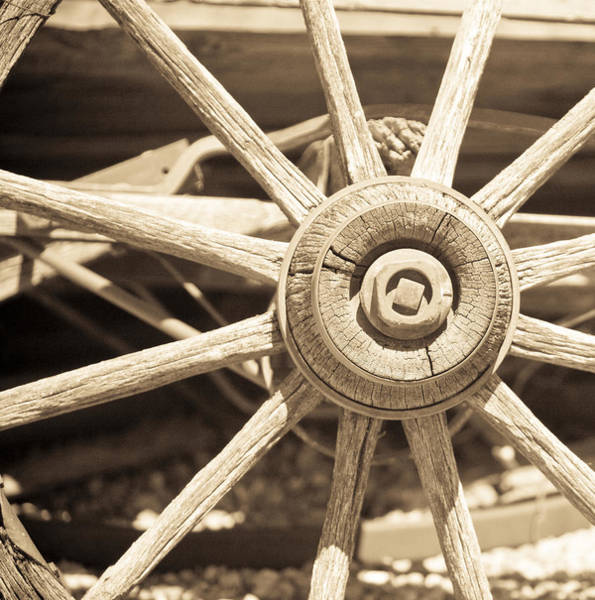 Wall Art - Photograph - Wagon Wheel by Gilbert Artiaga