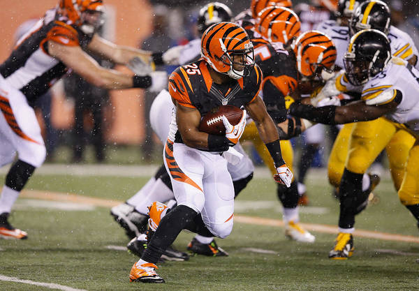 Wild Card Round - Pittsburgh Steelers V Cincinnati Bengals Art Print by Joe Robbins
