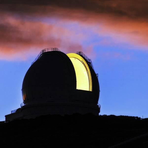 Astronomical Twilight Photograph - William Herschel Telescope by Babak Tafreshi