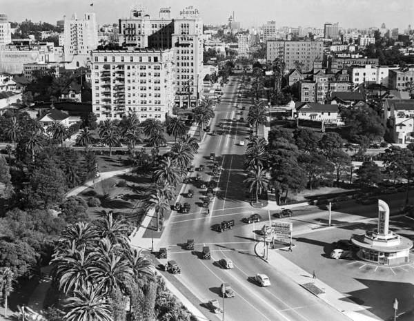 Street Sign Photograph - Wilshire Boulevard In La by Underwood Archives