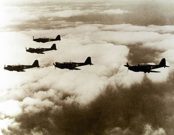 Warplane Photograph - World War II (1939-1945 by Prisma Archivo