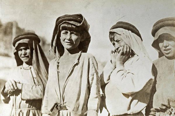 Wall Art - Photograph - Wwi Palestine, 1918 by Granger