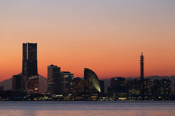 Photograph - Yokohama Sunset View by Masashi Yukizane