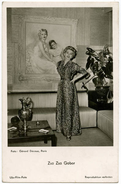 Wall Art - Photograph - Zsa Zsa Gabor (1917 - 2016) by Mary Evans Picture Library