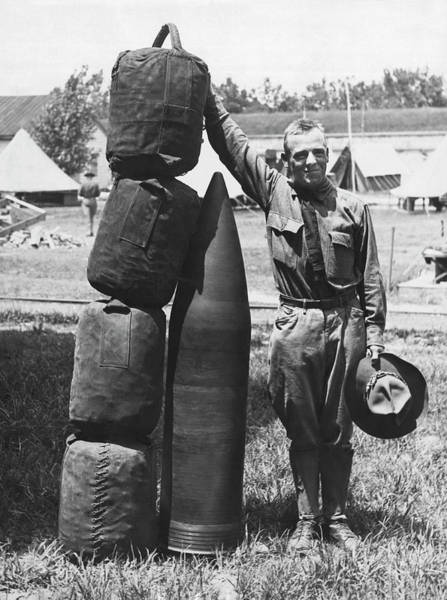 Photograph - 1070 Pound Projectile by Underwood Archives