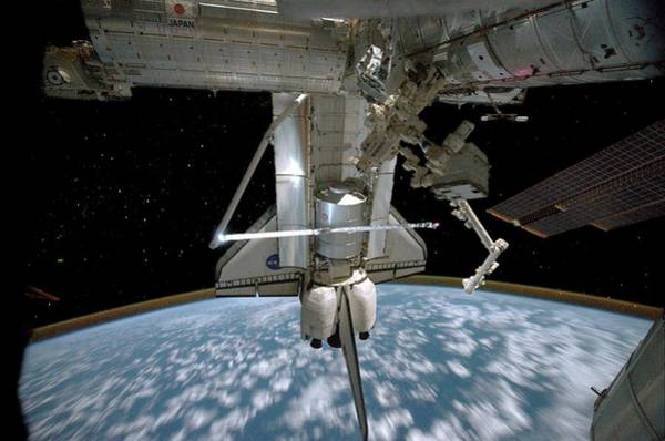 Wall Art - Photograph - Space Shuttle Final Flight by Nasa/science Photo Library