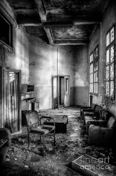 Photograph - This Is The Way Step Inside by Traven Milovich