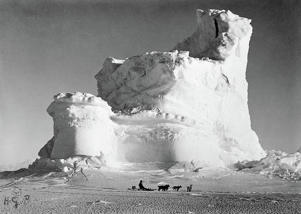 Wall Art - Photograph - Terra Nova Expedition by Granger