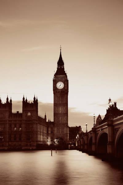 Photograph - London At Dusk by Songquan Deng