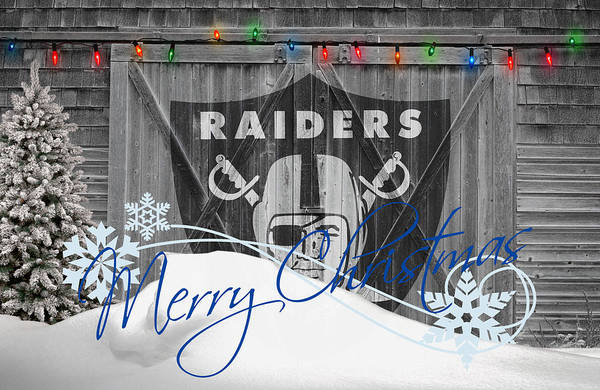 Santa Photograph - Oakland Raiders by Joe Hamilton
