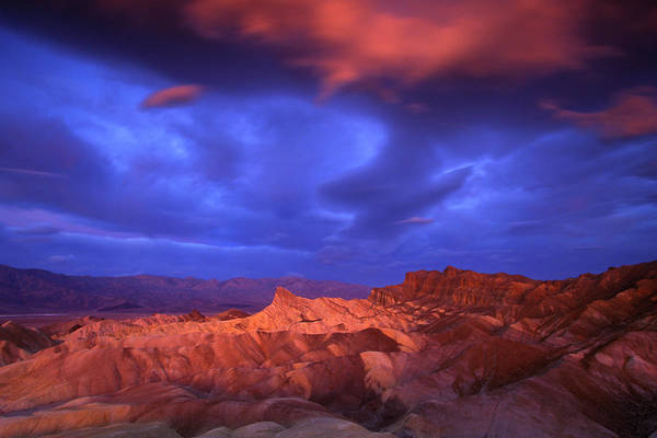 Death Valley Np Photograph - Usa, California, Death Valley National by Jaynes Gallery