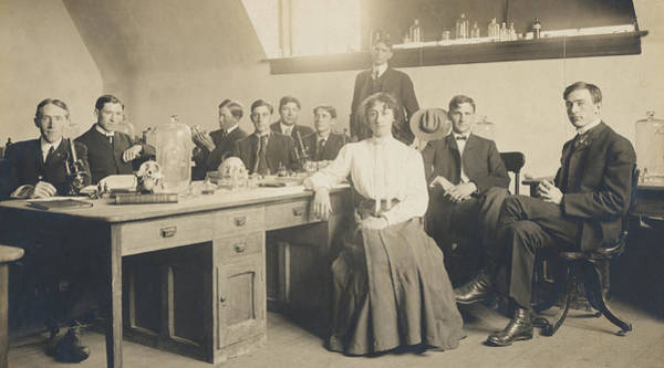 Wall Art - Photograph - 1800s Medical School  by Paul Ashby Antique Image