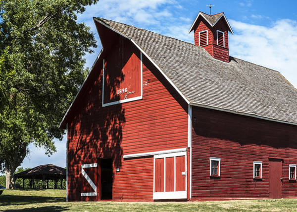 Photograph - 1896 Barn by Edward Peterson