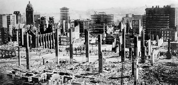 Call Building Photograph - 1906 San Francisco Earthquake Damage by Uc Regents, Natl. Information Service For Earthquake Engineering/science Photo Library