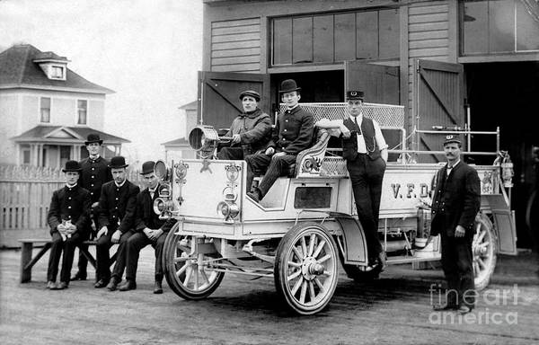 Fire Truck Photograph - 1911 Fire Wagon by Jon Neidert