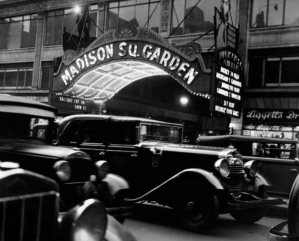 Wall Art - Photograph - 1920s 1930s Cars Taxis Madison Square by Vintage Images