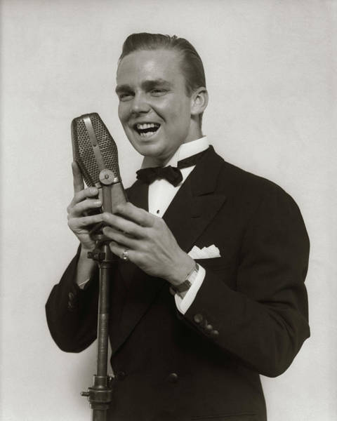 Vocalist Photograph - 1920s 1930s Smiling Man Radio Singer by Vintage Images