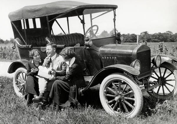 Outing Photograph - 1920s Two Women & One Man Sitting by Vintage Images