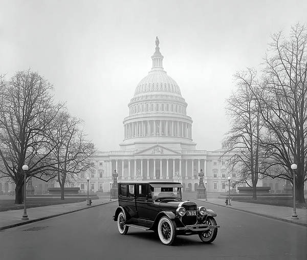 Wall Art - Photograph - 1924 Ford Lincoln At U. S. Capitol by Daniel Hagerman