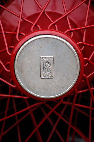 Photograph - 1928 Rolls-royce Phantom I Sedenca De Ville Wheel Emblem by Jill Reger